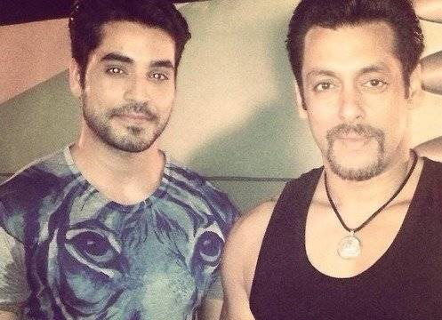 salman-khan-with-Gautam-Gulati-on-kick-set