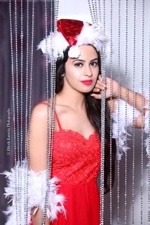 Shobhita Rana Sexy Santa...