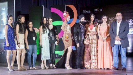 3 Sneh Vadhani with celebs, models and students