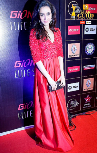 Shraddha-Kapoor-attends-the-Star-Guild-Awards-2015