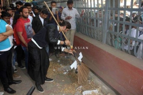 Bollywood actor Sushant Singh Rajput during MTV Junkyard clean up drive at J. J. School of fine arts in Mumbai