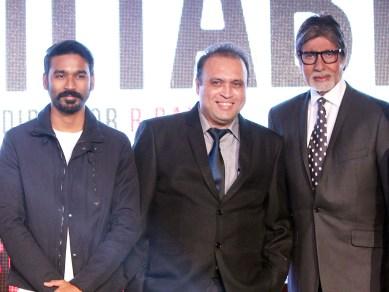 Mr. Amitabh Bachchan, Dhanush With Javed Shafi.