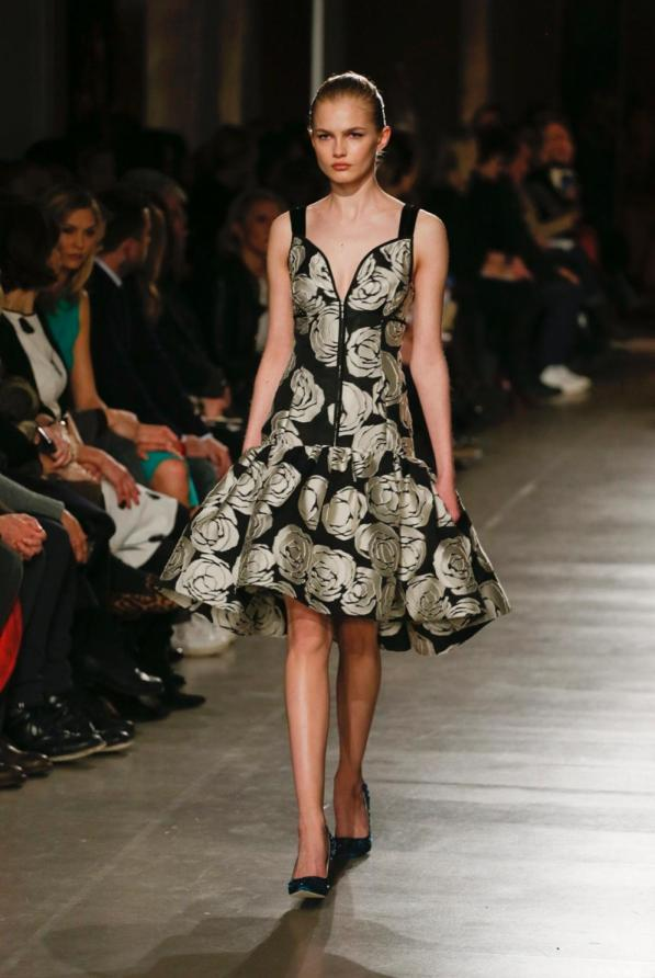 oscar-de-la-renta-autumn-winter-2015-show