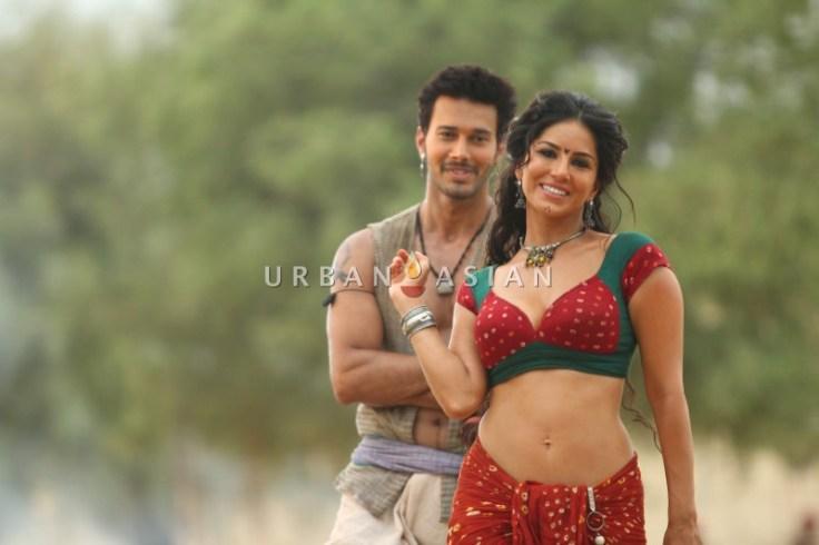 Sunny Leone & Rajniesh Duggal in Ek Paheli Leela