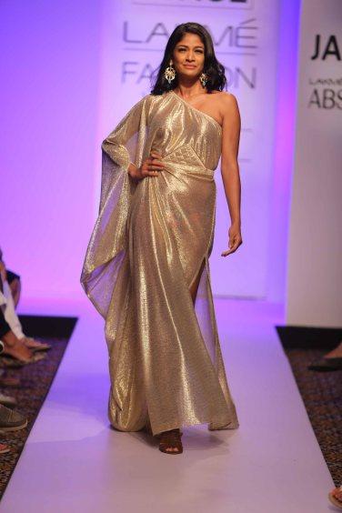 Showstopper Carol Gracias walks for Anjali Patel Mehta at Lakme Fashion Week SR 15