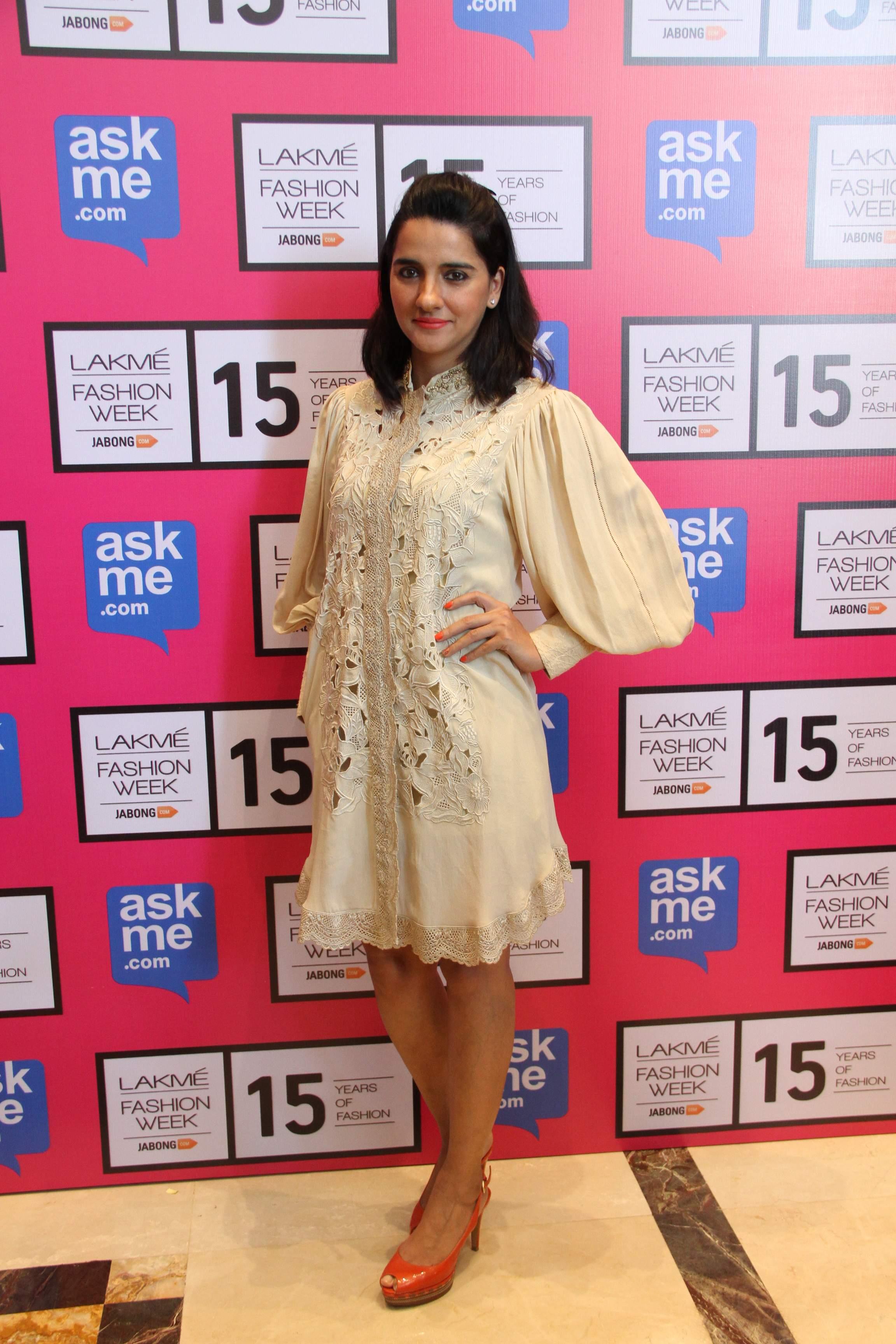Shruti Seth in Designer Pallavi Singhee creation at Lakme Fashion Week