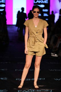 Valliyan by Nitya at Lakme Fashion Week Summer Resort 2015 (3)
