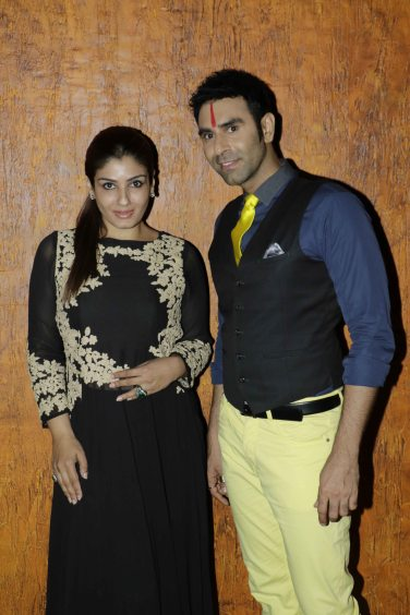 Raveena Tandon with Sandip Soparrkar1