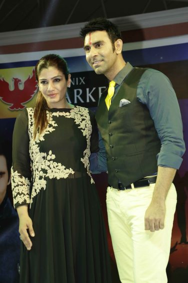 Raveena Tandon with Sandip Soparrkar2