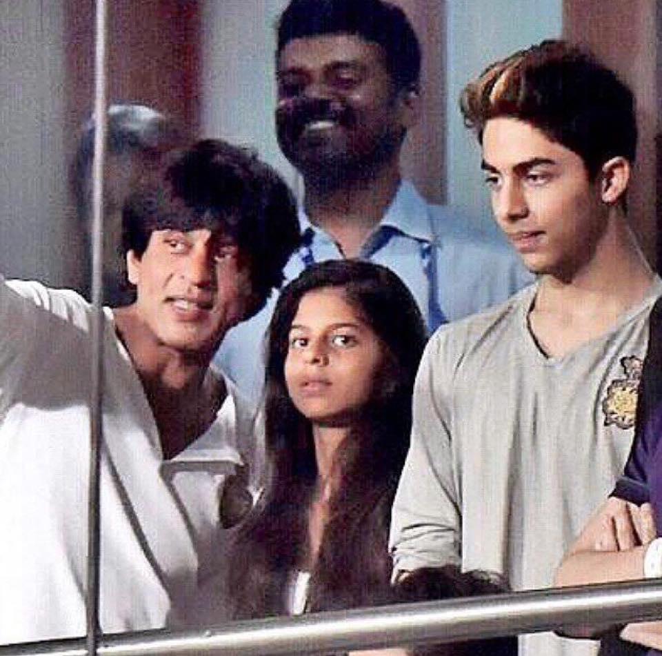 Shah Rukh, Suhana and Aryan