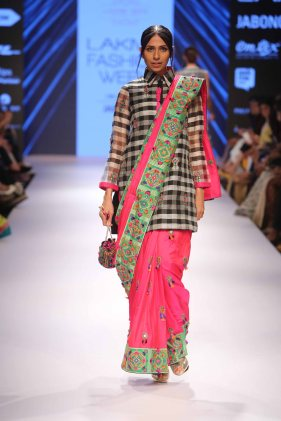 Rinku Sobti at LFW WF 2015 (17)