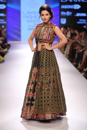 Rinku Sobti at LFW WF 2015 (30)