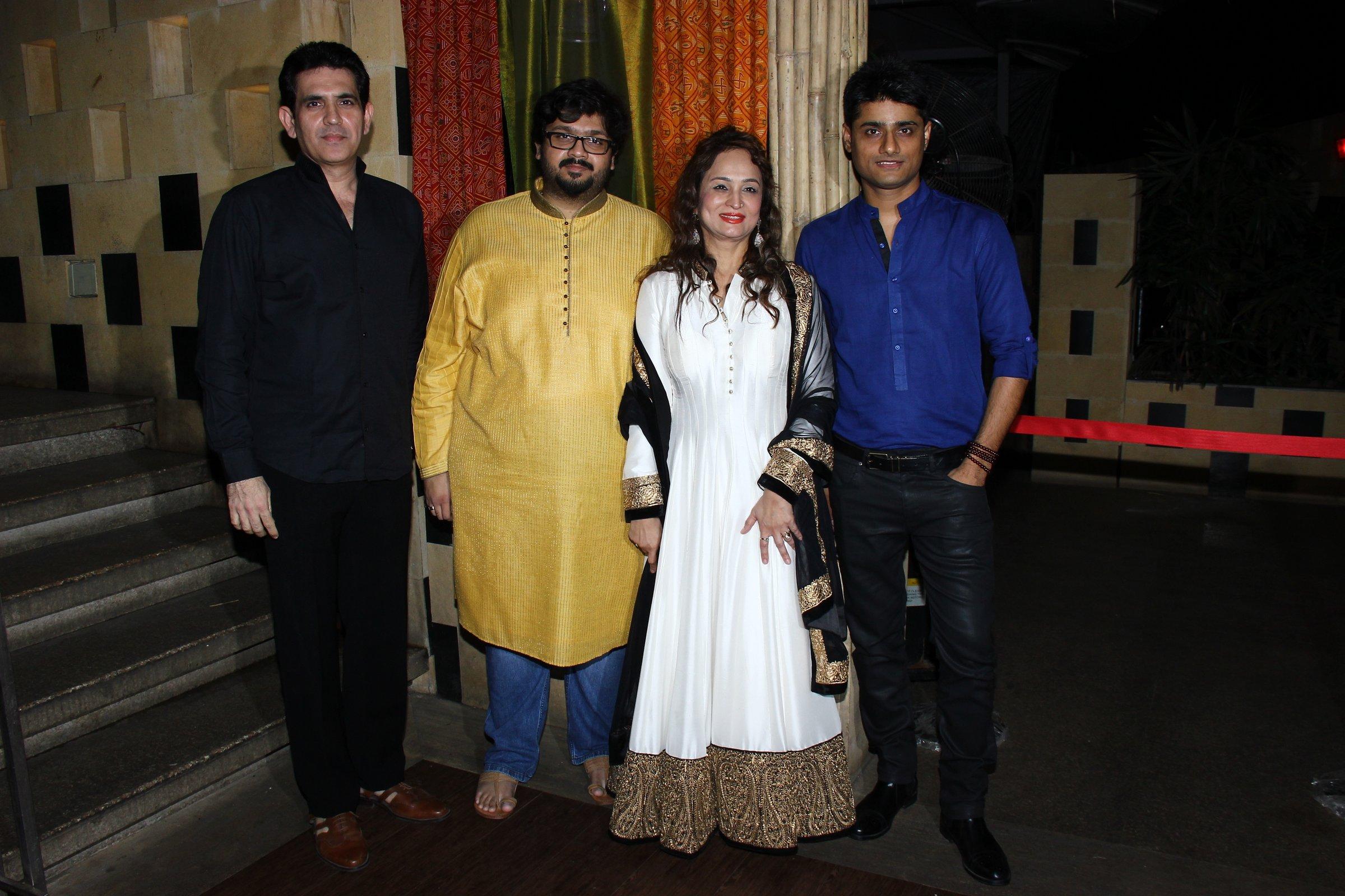 L to H -Omang Kumar, Rahul Thackeray , Smita Thackeray and Producer Sandeep Singh