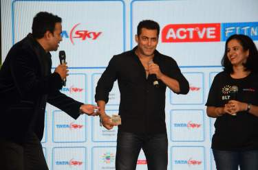 Siddharth Kannan and Salman Khan