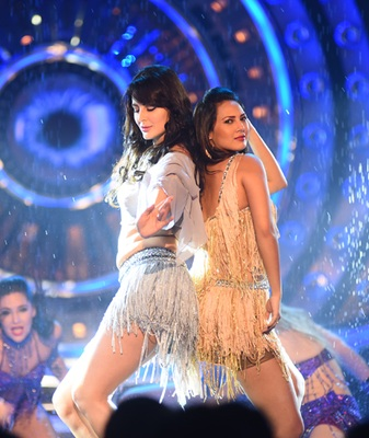 Mandana Karimi with Rochelle Rao on Bigg Boss. (Image Courtesy - Colors.)