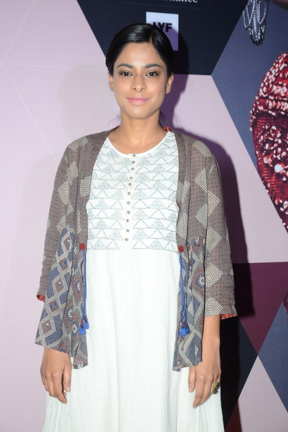 Sugandha Garg wearing Indigene by Jaya & Ruchi at LFW - curtain raiser (2)