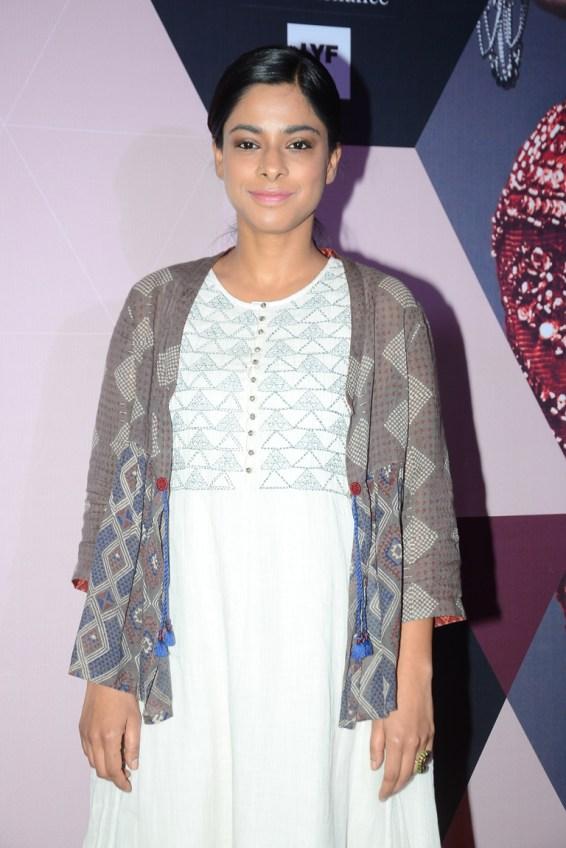 Sugandha Garg wearing Indigene by Jaya & Ruchi at LFW - curtain raiser (2)