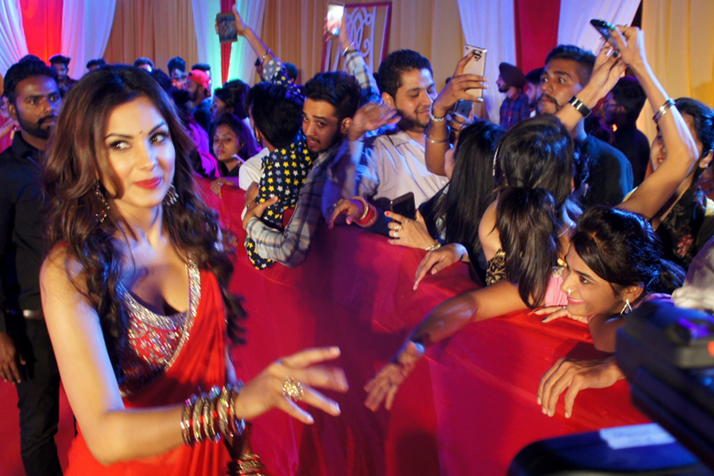 Celebs attend a packed fun night at the 6th PTC AWARDS