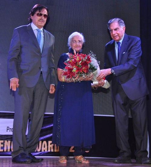 Sanjay Khan, Kamini Kaushal With Ratan Tata
