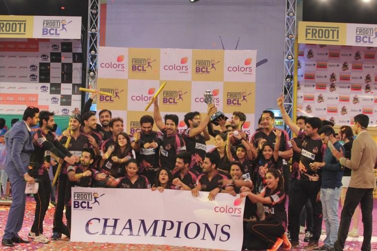 Delhi Dragons won (2)