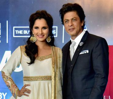 Sania Mirza in Rimple and Harpreet Narula (2)