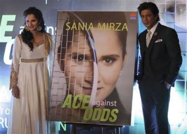 Sania Mirza in Rimple and Harpreet Narula (3)