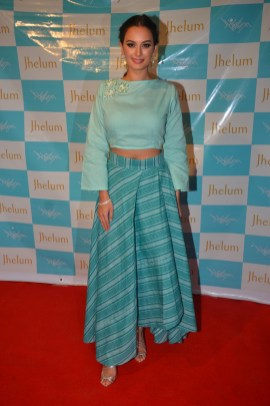 Evelyn Sharma in JFH - by Jhelum & Aarti at JFH launch (4)