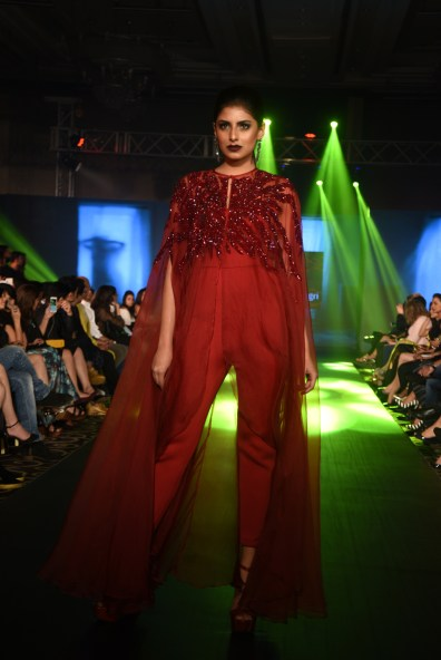 02-model-walking-the-ramp-for-designer-rajat-tangri-tech-fashion-tour-2016