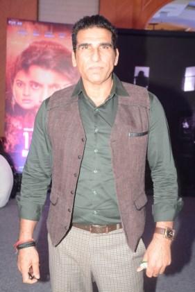 actor-mukesh-rishi