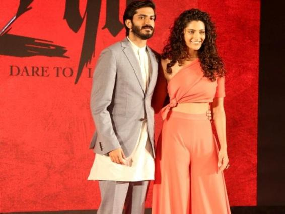 leading-stars-of-mirzya-at-its-music-launch