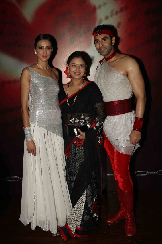 sandip-soparrkar-sarbani-mukherji-and-alesia-raut-at-ncpa