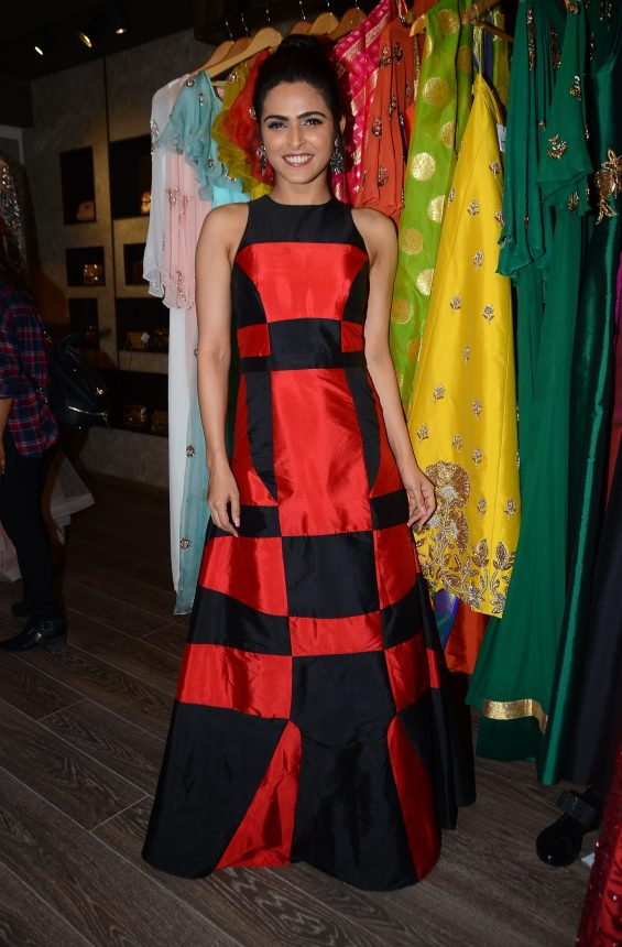 05-madhurima-tuli-for-designer-rajat-tangri-for-an-exclusive-preview-atosakhar