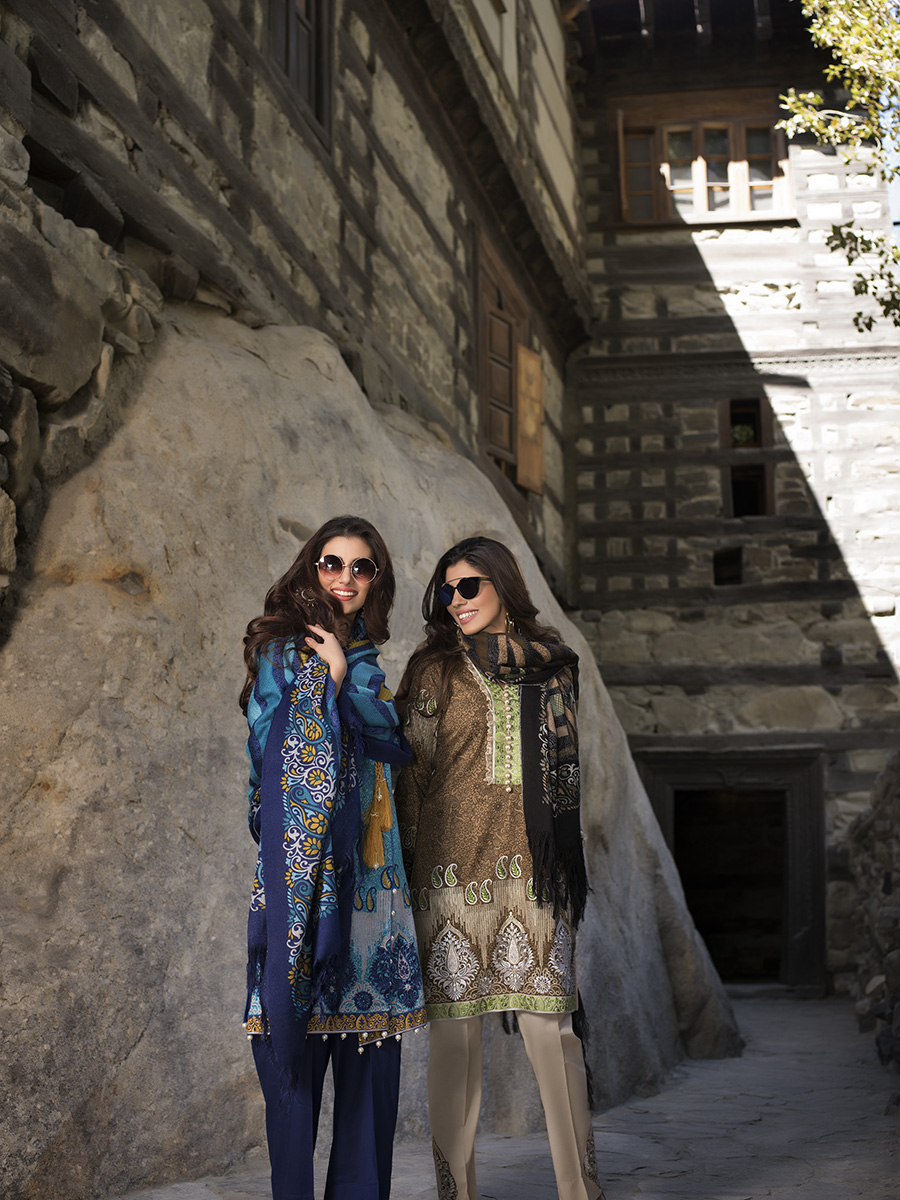 lakhany-silk-mills-winter-shawl-collection-12