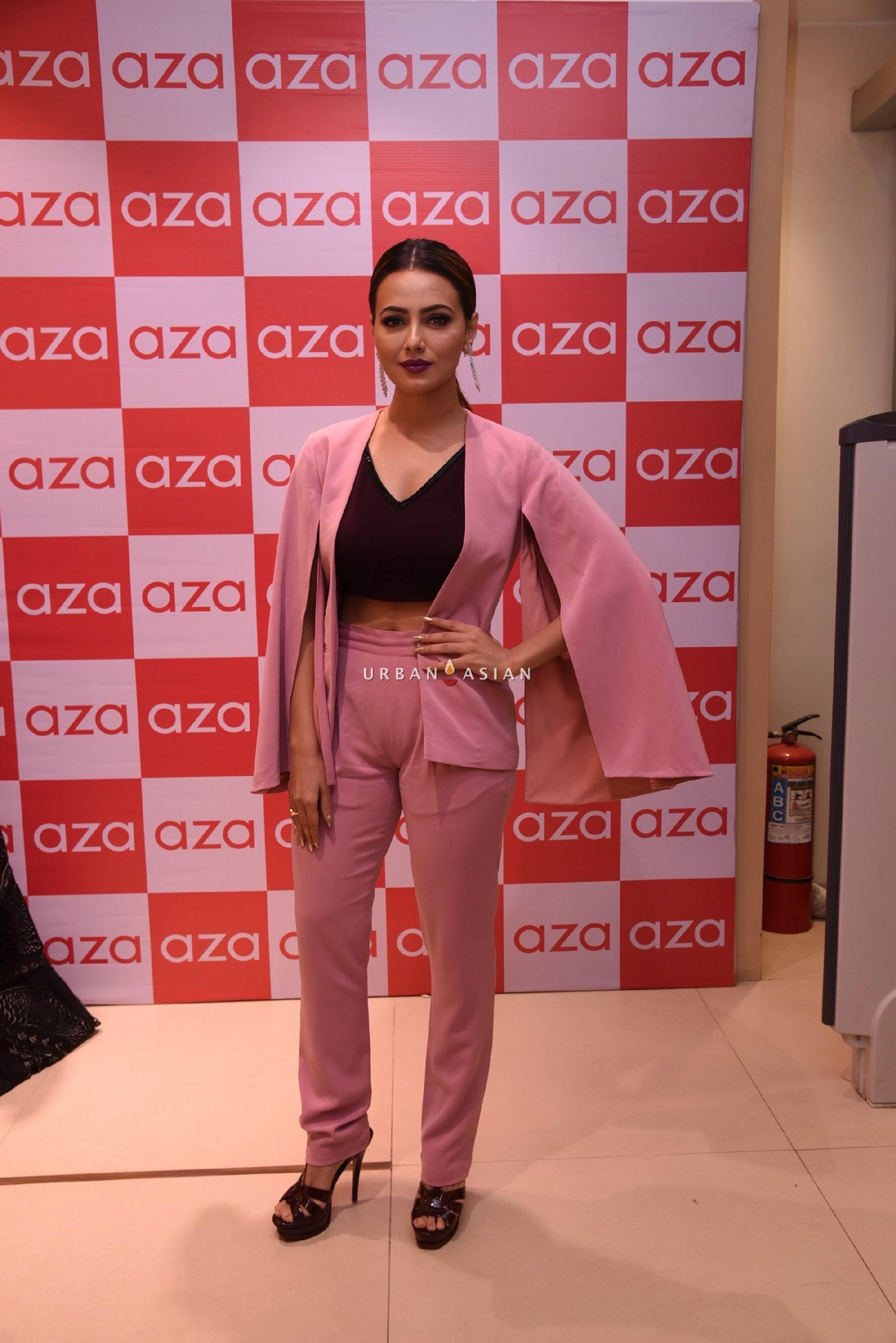 sana-khan-eshaa-amiins-new-party-wear-launch-at-aza