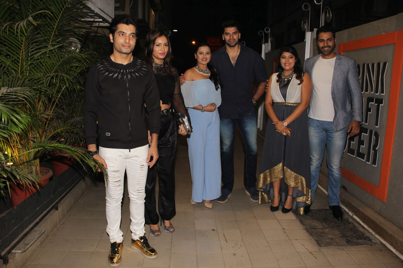 left-to-right-ssharad-malhotra-pooja-bisht-kratika-sengar-nikitin-dheer-aditi-sharma-and-sundip-ved-1
