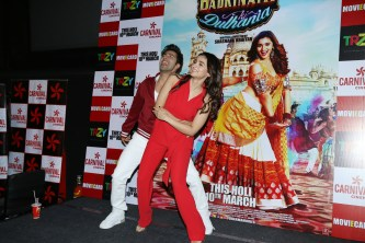 badrinath-ki-dulhania-press-conference-at-odeon-carnival-cinemas-in-delhi-13
