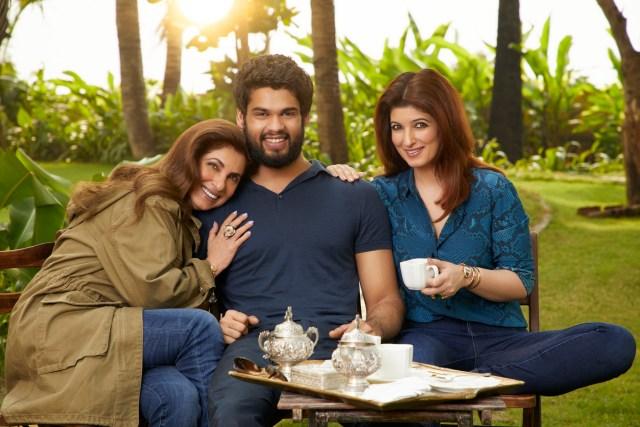 Dimple Kapadia, Karan Kapadia and Twinkle Khanna