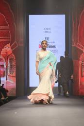 A stunning showcase from Arshi Jamal, Sadan pande for Dream Diamonds Delhi Times Fashion Week