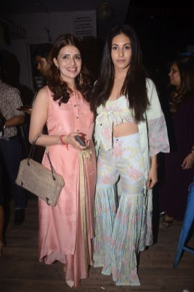 Designer Shruti Sancheti and Amyra Dastur @ the launch of Shruti Sancheti's SS 2018 collection