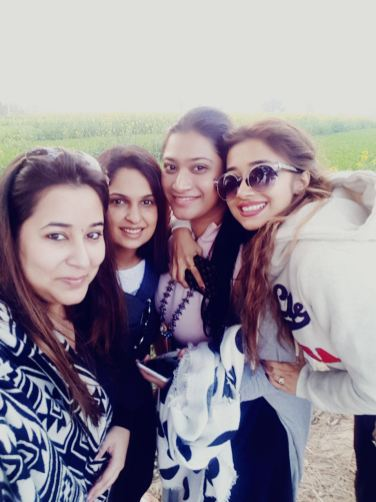 Tinaa Datta with her friends in Amritsar (3)