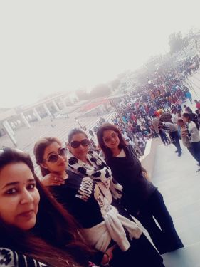 Tinaa Datta with her friends in Amritsar (7)