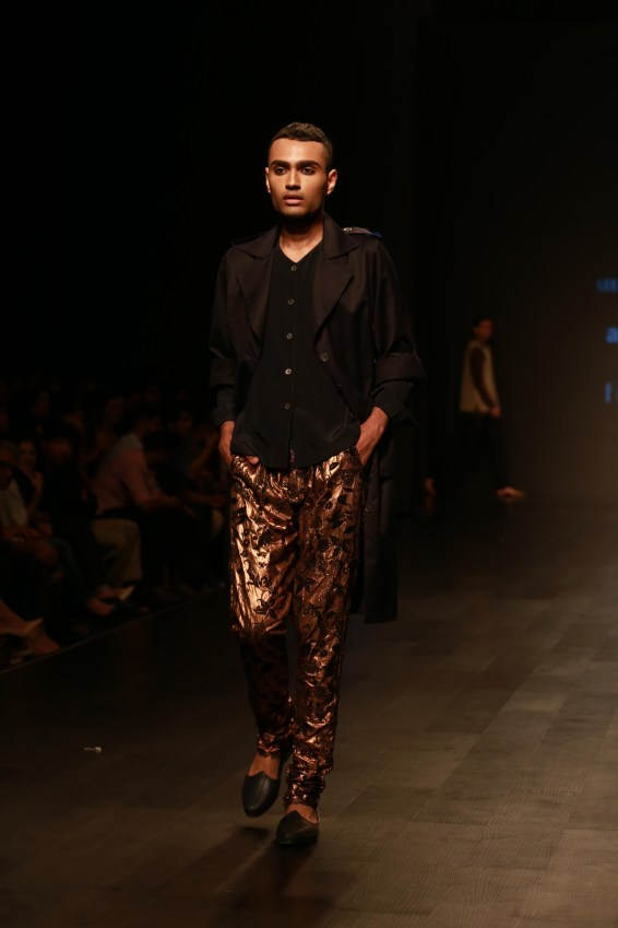 Abraham & Thakore Amazon Fashion week 2018 day 1 (33)