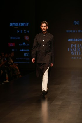 Abraham & Thakore Amazon Fashion week 2018 day 1 (6)