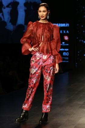 Adarsh Gill Amazon India Fashion Week 2018 (16)