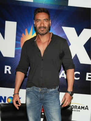 Ajay Devgn (5)