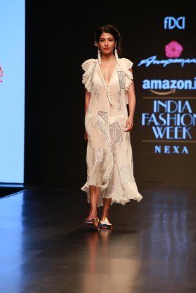Anupama Dayal Amazon Fashion Week 2018 (6)