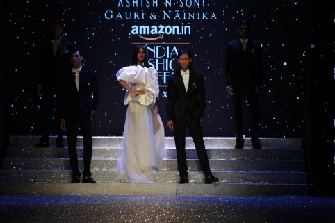 Gauri and Nanika Amazon Fashion Week 2018 (15)