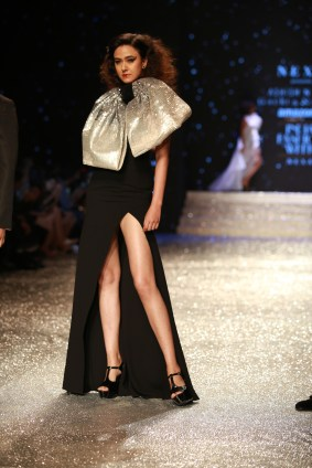 Gauri and Nanika Amazon Fashion Week 2018 (30)