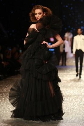 Gauri and Nanika Amazon Fashion Week 2018 (43)