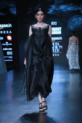 samant chauhan amazon fashion week 2018 (27)